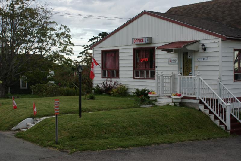 Regent Motel - Photo 5