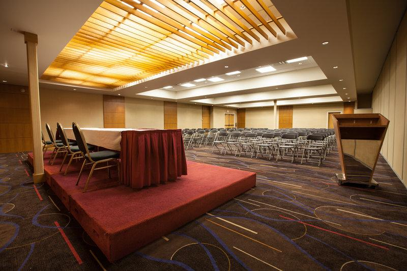 Radisson Hotel & Convention Centre Edmonton - Photo 17