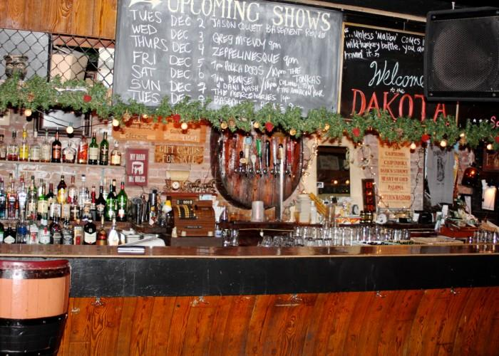 The Dakota Tavern - Photo 2