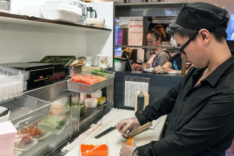 Soba Et Sushi Bar - Photo 1