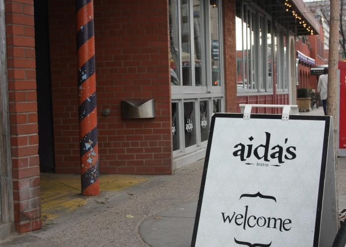 Aida's Mediterranean Bistro - Photo 4
