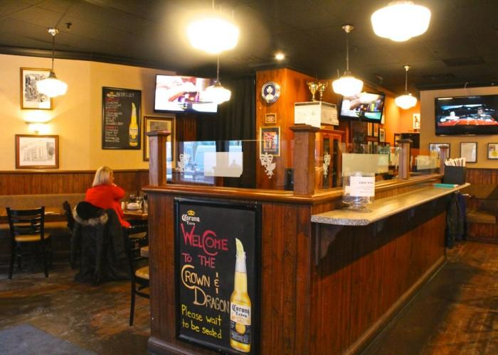 Crown & Dragon Pub - Photo 3