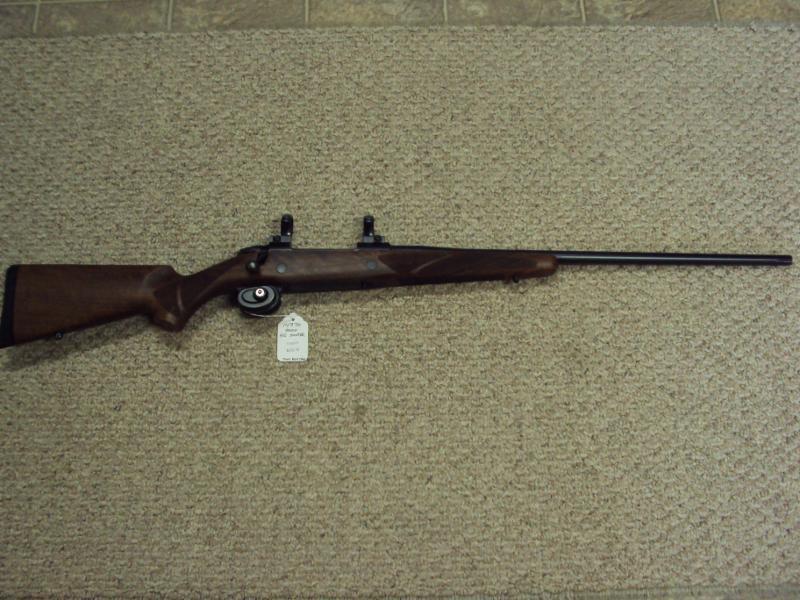 Eli's Guns & Archery - Photo 2