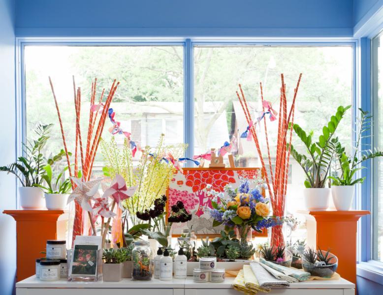 Periwinkle Flowers - Photo 7