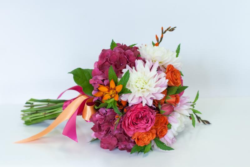 Periwinkle Flowers - Photo 5