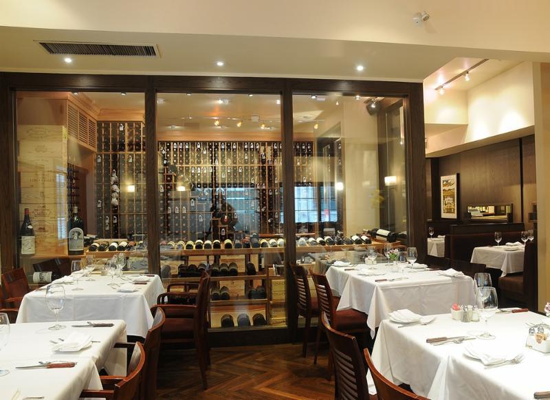 Bardi's Steak House - Photo 5
