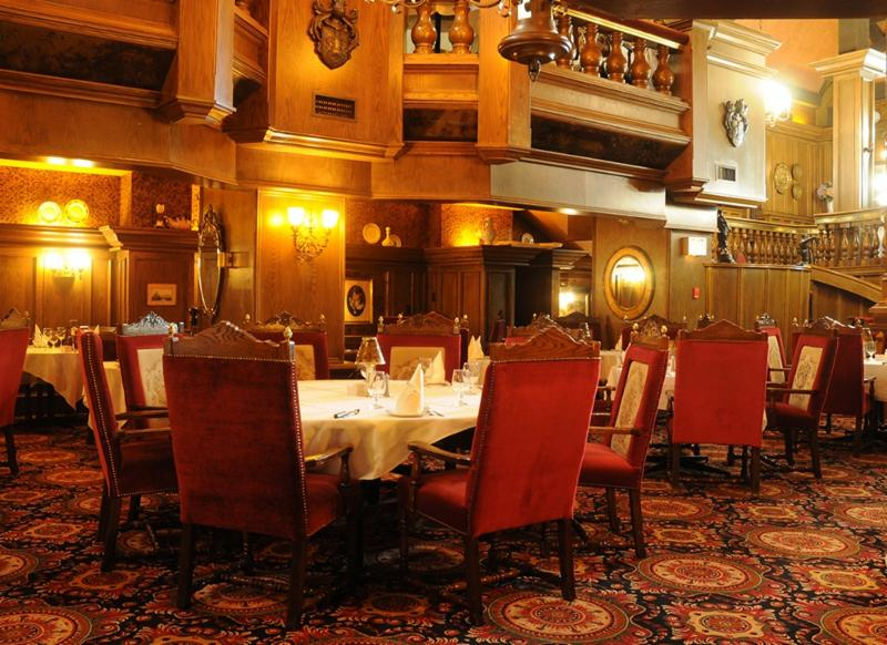 La castile steak house menu prices 2179 dundas st e for Best private dining rooms mississauga