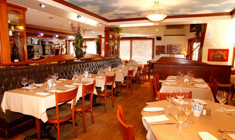 Restaurant Le Batifol Lac Beauport - Photo 1