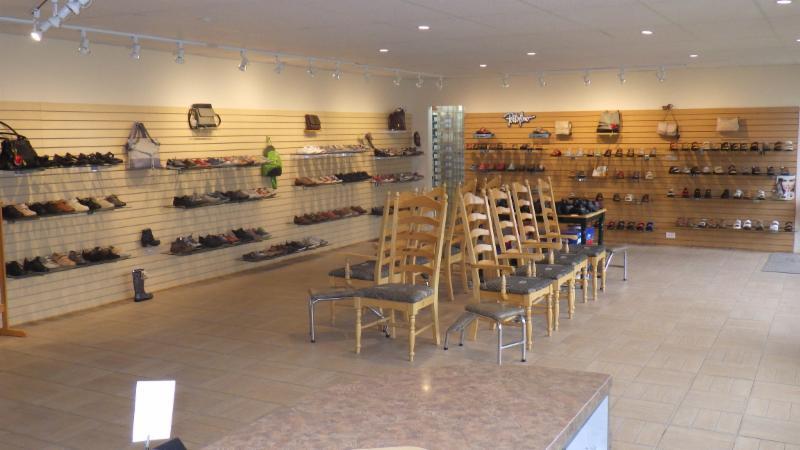 Chaussures Laforest Ltee - Photo 2