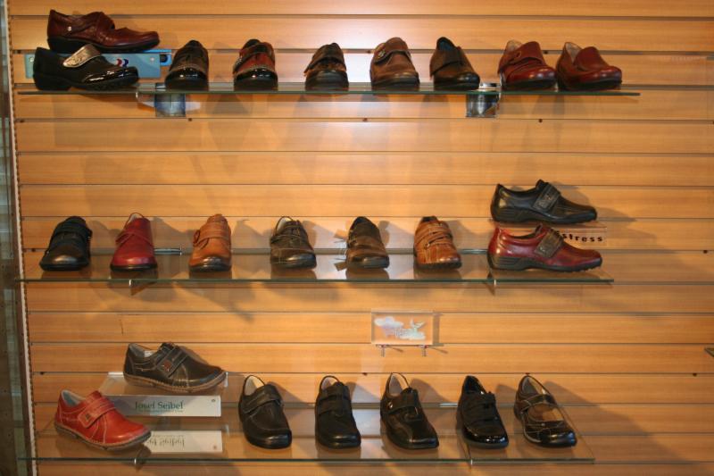 Chaussures Laforest Ltee - Photo 11