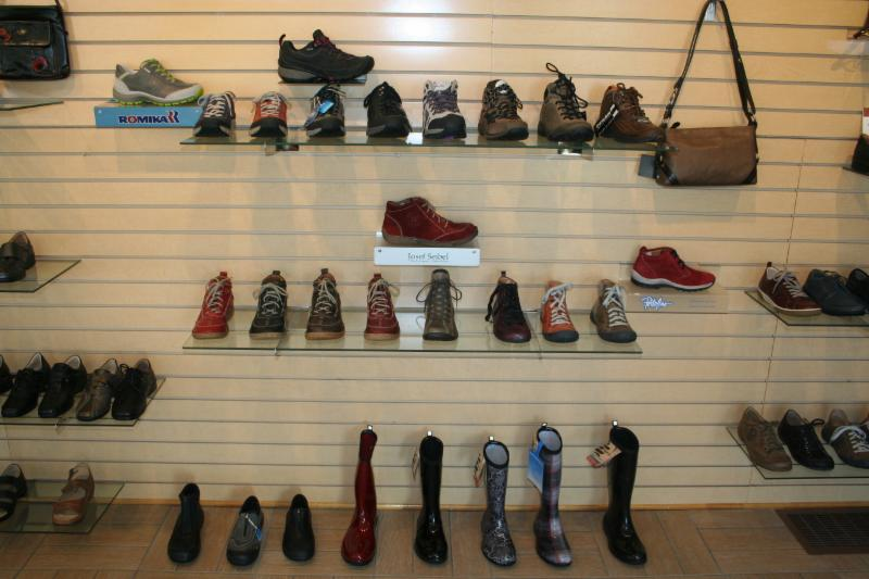 Chaussures Laforest Ltee - Photo 1