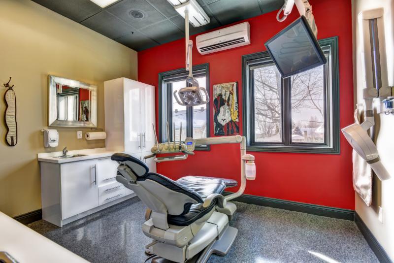 Centre Dentaire et d'Implantologie Côté-Beauregard & Ass - Photo 3