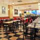 Bistro Le Cirque - Restaurants - 514-507-5273