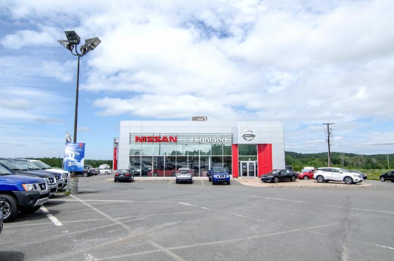 Highland Nissan - Photo 9
