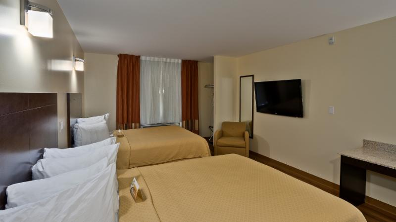 Quality Inn - Photo 17