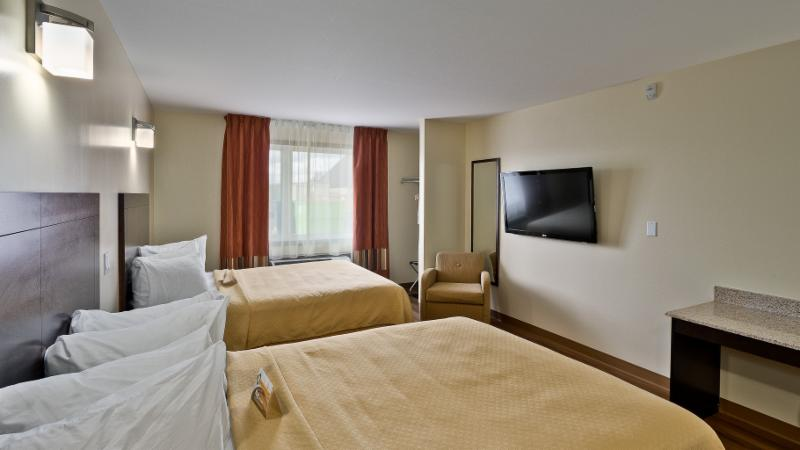 Quality Inn - Photo 16