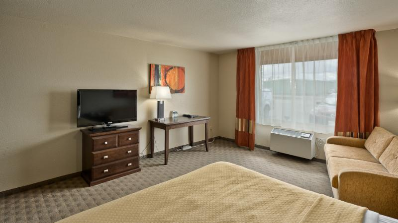 Quality Inn - Photo 49