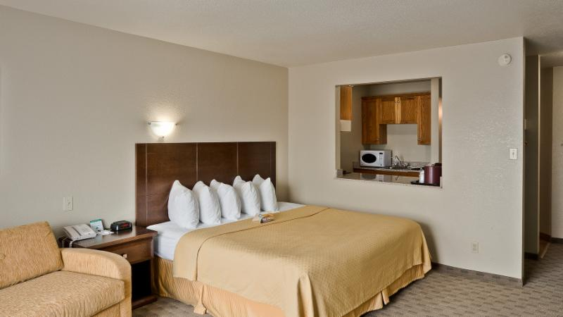 Quality Inn - Photo 47