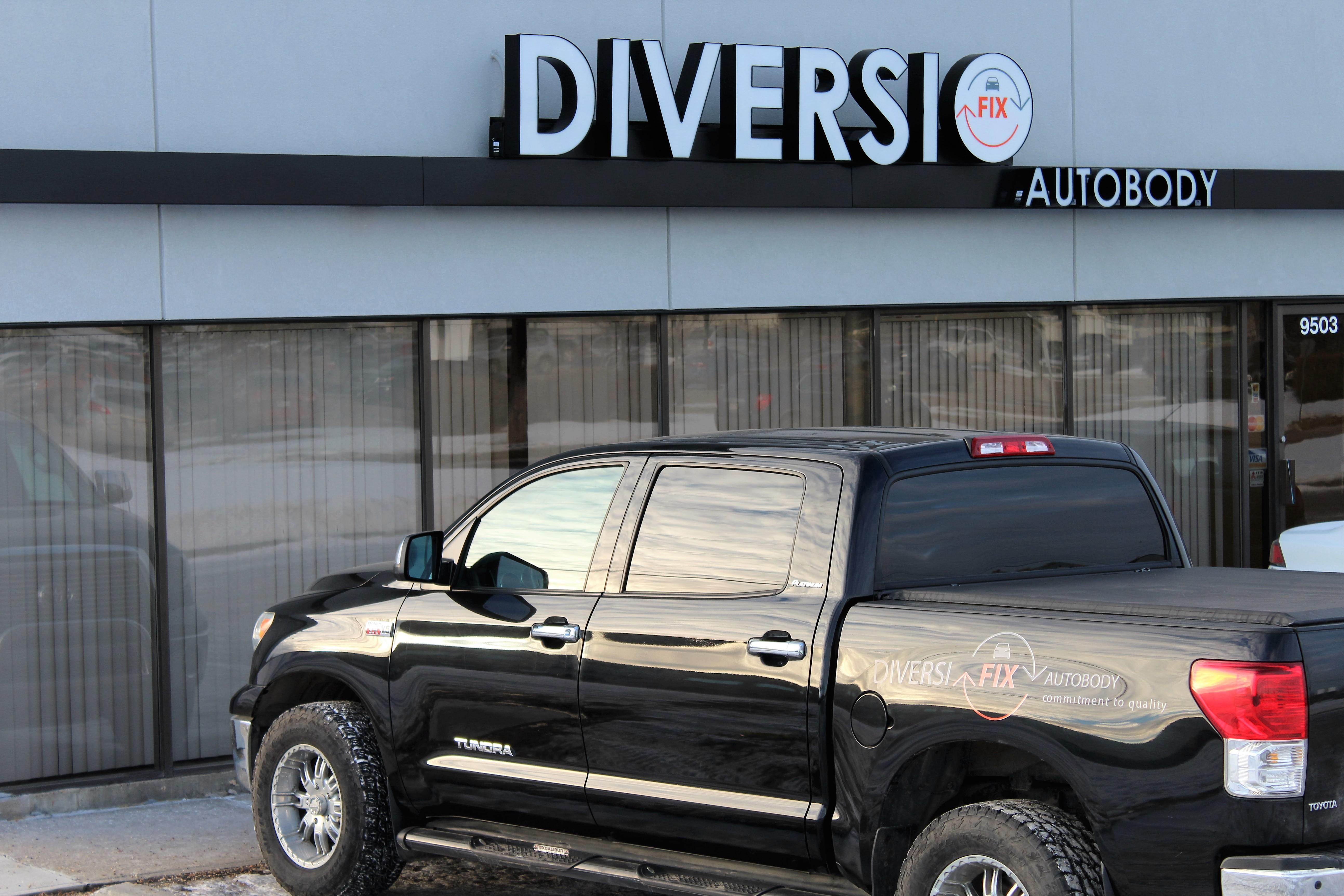 Diversifix Auto Body Inc - Réparation de carrosserie et peinture automobile - 780-433-0044
