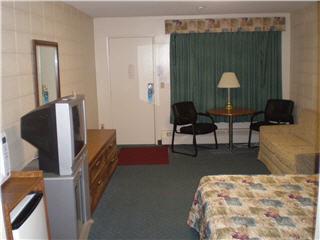 Sleep Inn Motel - Photo 11