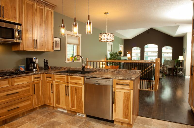 Paradise mfg ltd 2224 queensway prince george bc for Kitchen ideas queensway