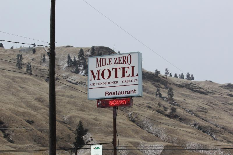 Mile Zero Motel Midway BC 622 Palmerston Ave Canpages