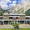 Banff Voyager Inn - Hotels - 403-762-3301