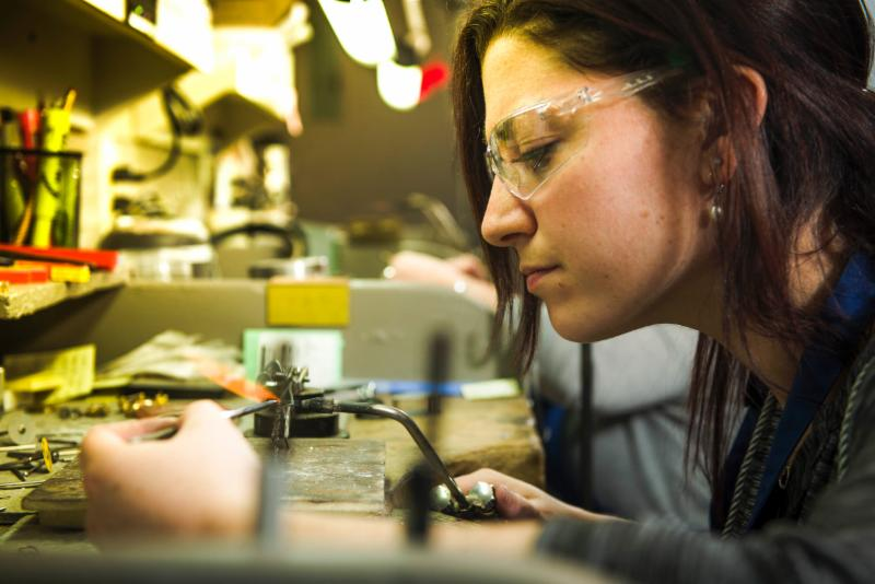 Atelier sur place pour soudures, mise en grandeur et réparations de tout genre