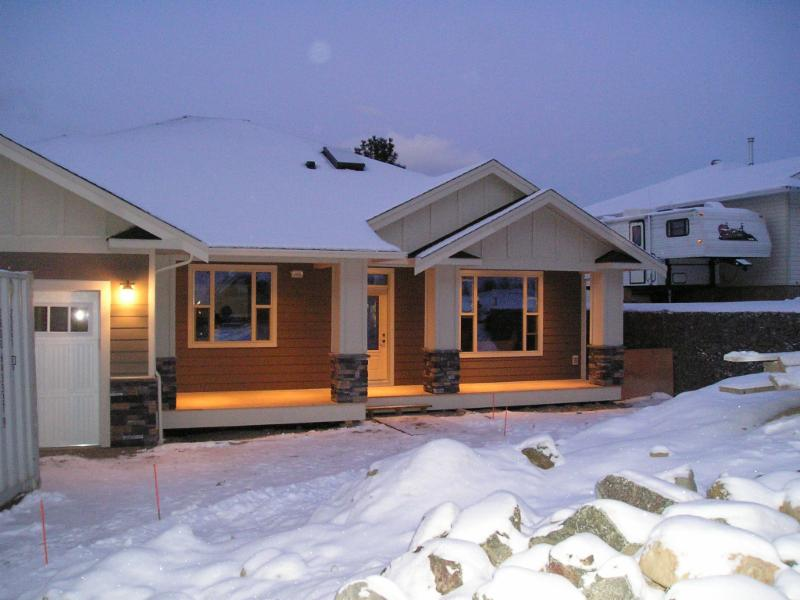 All Weather Exteriors Kamloops Bc 188 Marcel St