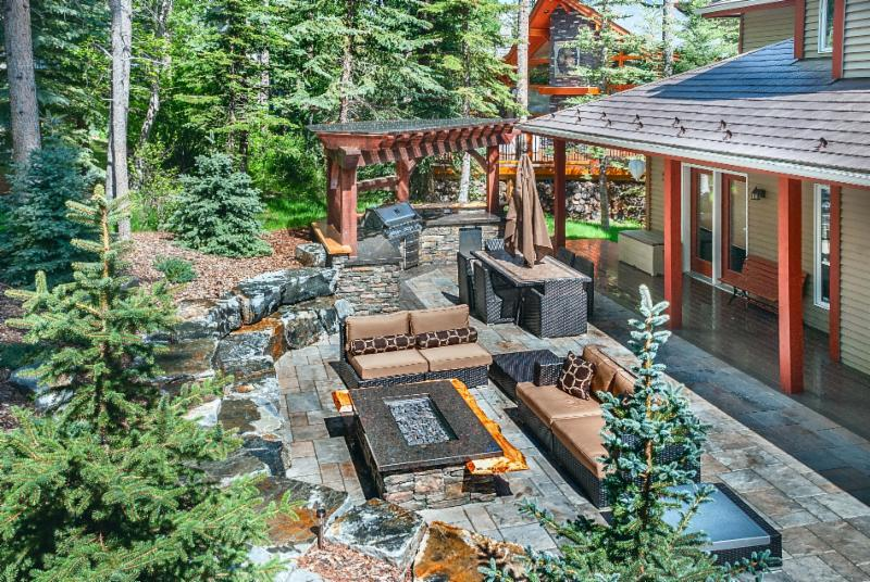 Patio, Fire Table, Timber Frame Pergola, Stonework, Retaining Wall, Outdoor Kitchen, Backyard Landscaping Ideas, Mountain Construction, Image, Solkor, Canmore, Banff, Outdoor Living Spaces