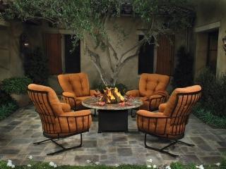 Wicker land kelowna bc 2573 hwy 97 n canpages for Outdoor furniture kelowna