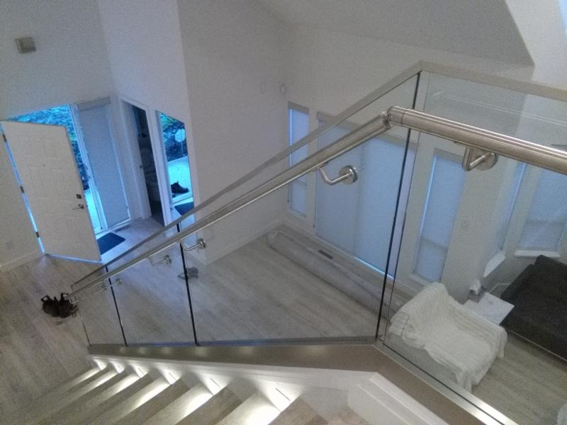 Modern Railing Glass