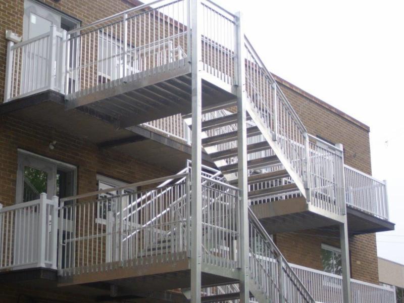 Fabrication Rampes Et Escaliers Prestige Inc Horaire D