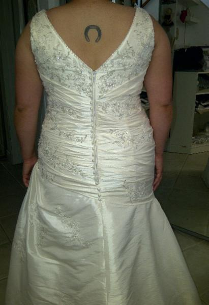 Wedding Dress Alterations Halifax : Ana vincent dressmaking alterations north bay on laurentian
