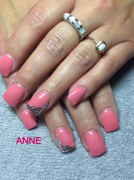 Centre d 39 ongles anne rodier mascouche qc 454 mont e - Salon ongles montreal ...