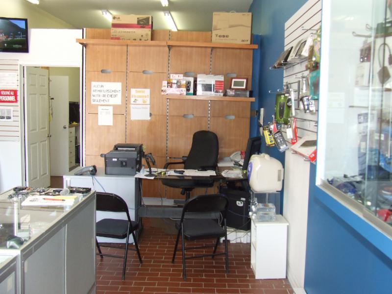 le comptoir informatique inc blainville qc 1116 boul du cur labelle canpages. Black Bedroom Furniture Sets. Home Design Ideas