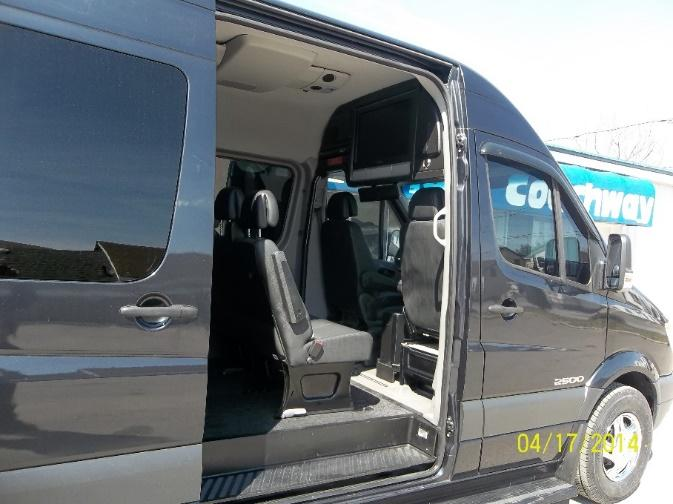photo Airport Shuttle Services by Ontario Coachway