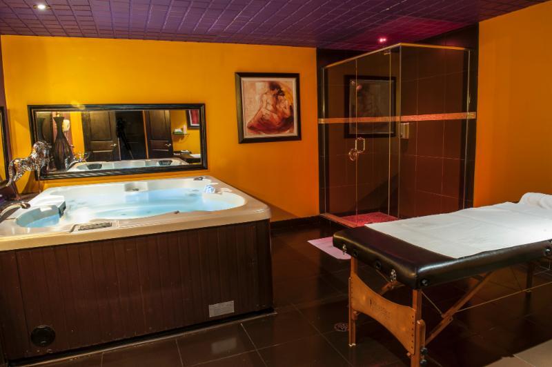 Toronto Erotic Massage Salons