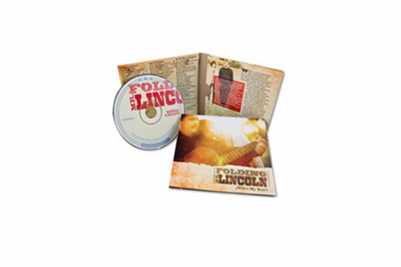 Réplication CD et impression pleine couleurs haute résolution     Qualité photo.     Livret 4 pages et carte arrière couleurs avec emballage cellophane