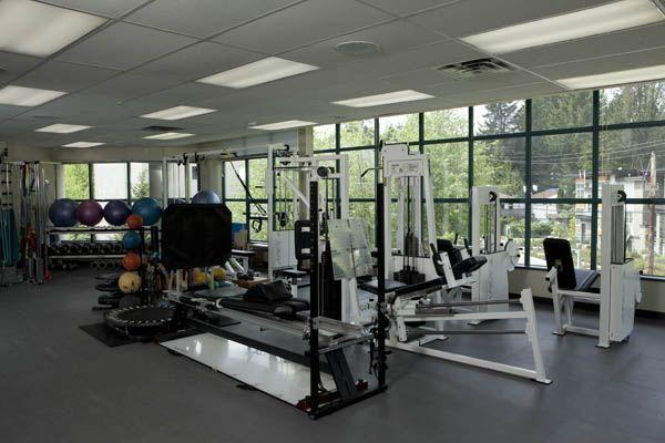 photo Lynn Valley Orthopaedic & Sports Physiotherapy Centre