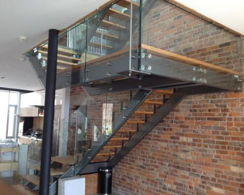 Verrage Glass And Mirror Inc Thornhill On 155 Racco