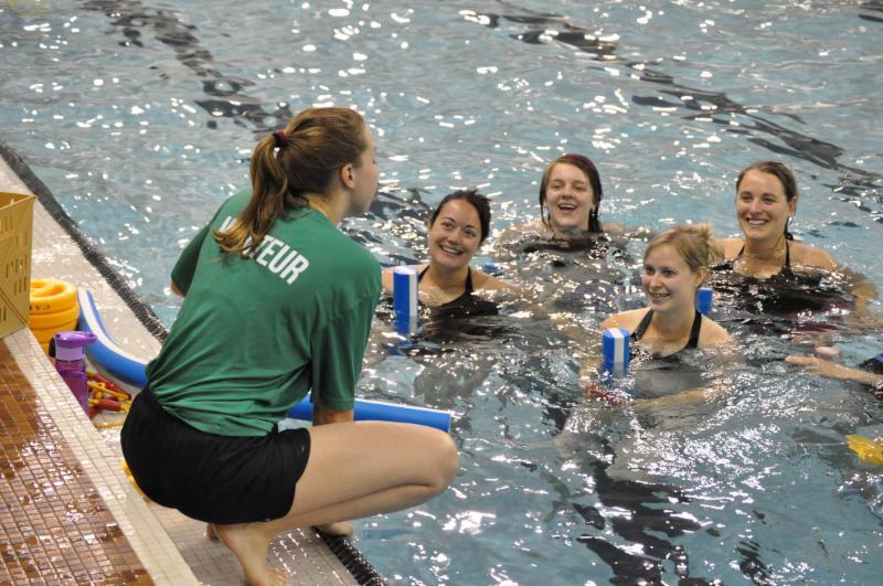 Centre de l activit physique cap du c gep de sherbrooke for Cegep jonquiere piscine