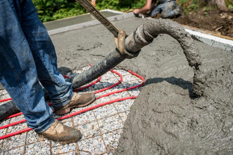 Pourite concrete construction opening hours po box for Pouring your own concrete driveway