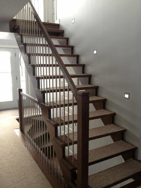 escaliers rampes d 39 int rieurs martin simard laval qc 5921 rue des cardinaux canpages. Black Bedroom Furniture Sets. Home Design Ideas
