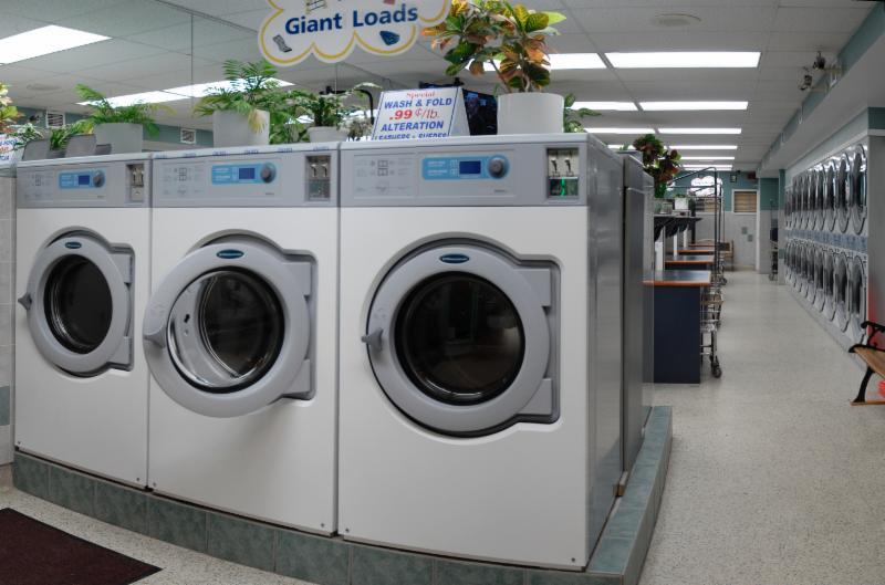 longmont hour coin laundromat