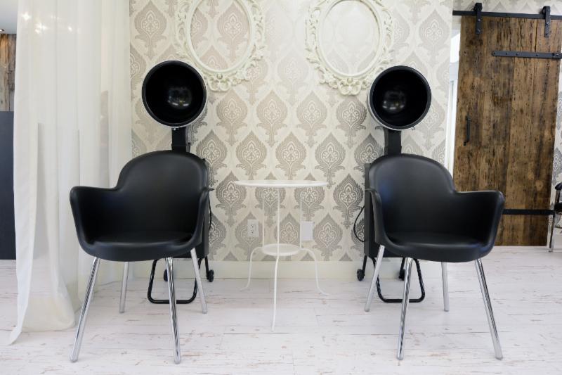 Audace salon de coiffure acton vale qc 1165 rue for Acton nail salon