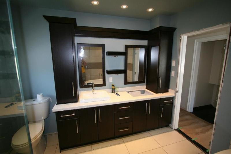 Century cabinet group canpages for Bathroom cabinets surrey bc