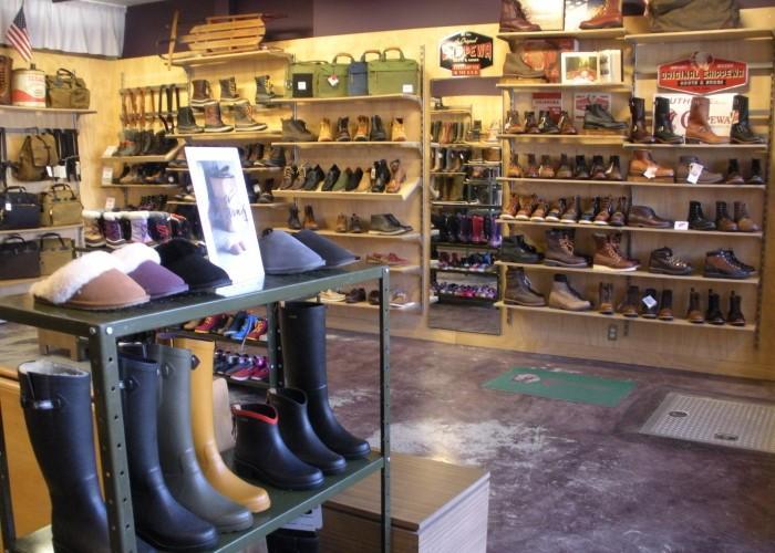 Shoe Company Regina Hours