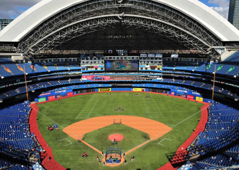 Hotels Around Rogers Centre Toronto