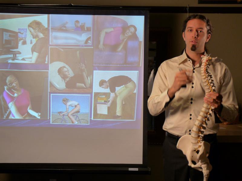 Conférences aux sujets variées á tous les mois (posture, nutrition, gestion des stress, etc.)